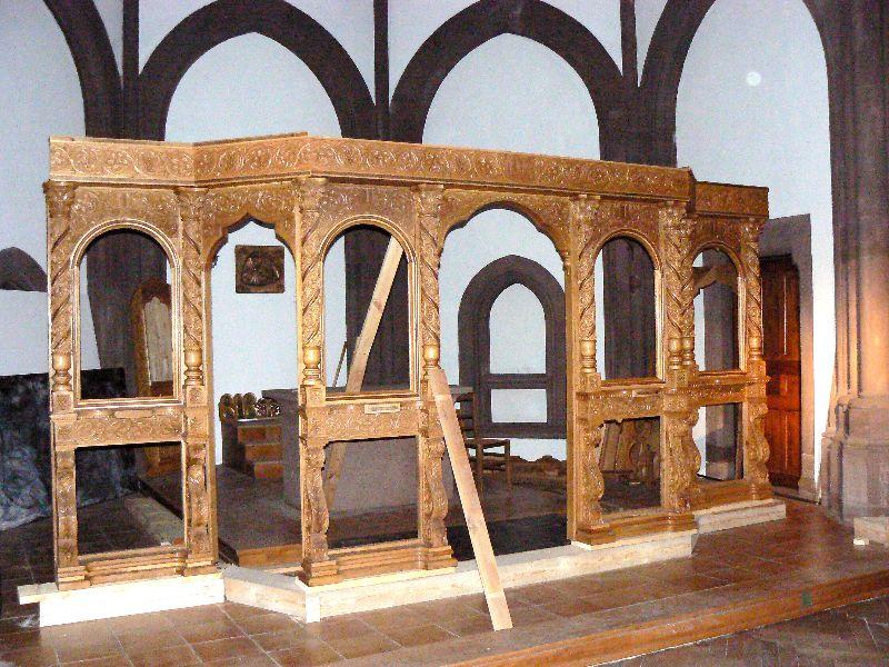 Biserica (lucràri catapeteasma - 2006)